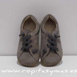 zapato urbano serraje gris
