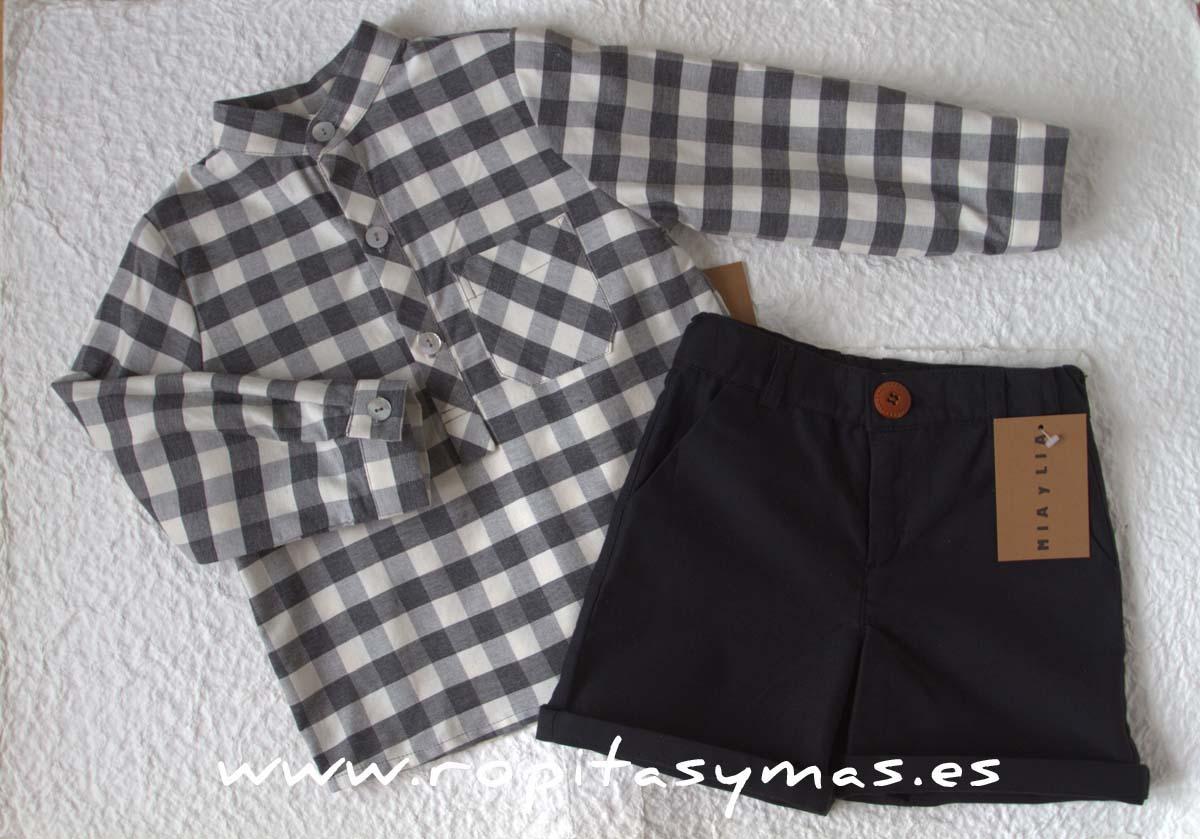 Camisa mao cuadros y bermuda negra de MIA Y LIA