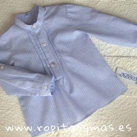 Camisa  pliegues azulada rayas blancas de ANCAR, verano 2018