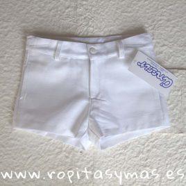 Pantalón muy corto blanco de  ANCAR, verano 2018