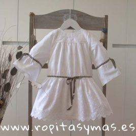 Vestido ibicenco blanco YOUNG & CHIC  de KAULI, verano 2018