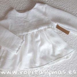 Blusa vaporosa blanco roto de MIA Y LIA, verano 2018