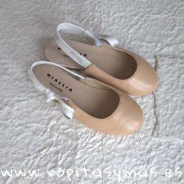 Sandalia destalonada piel beige nude  MIA Y LIA, verano 2018