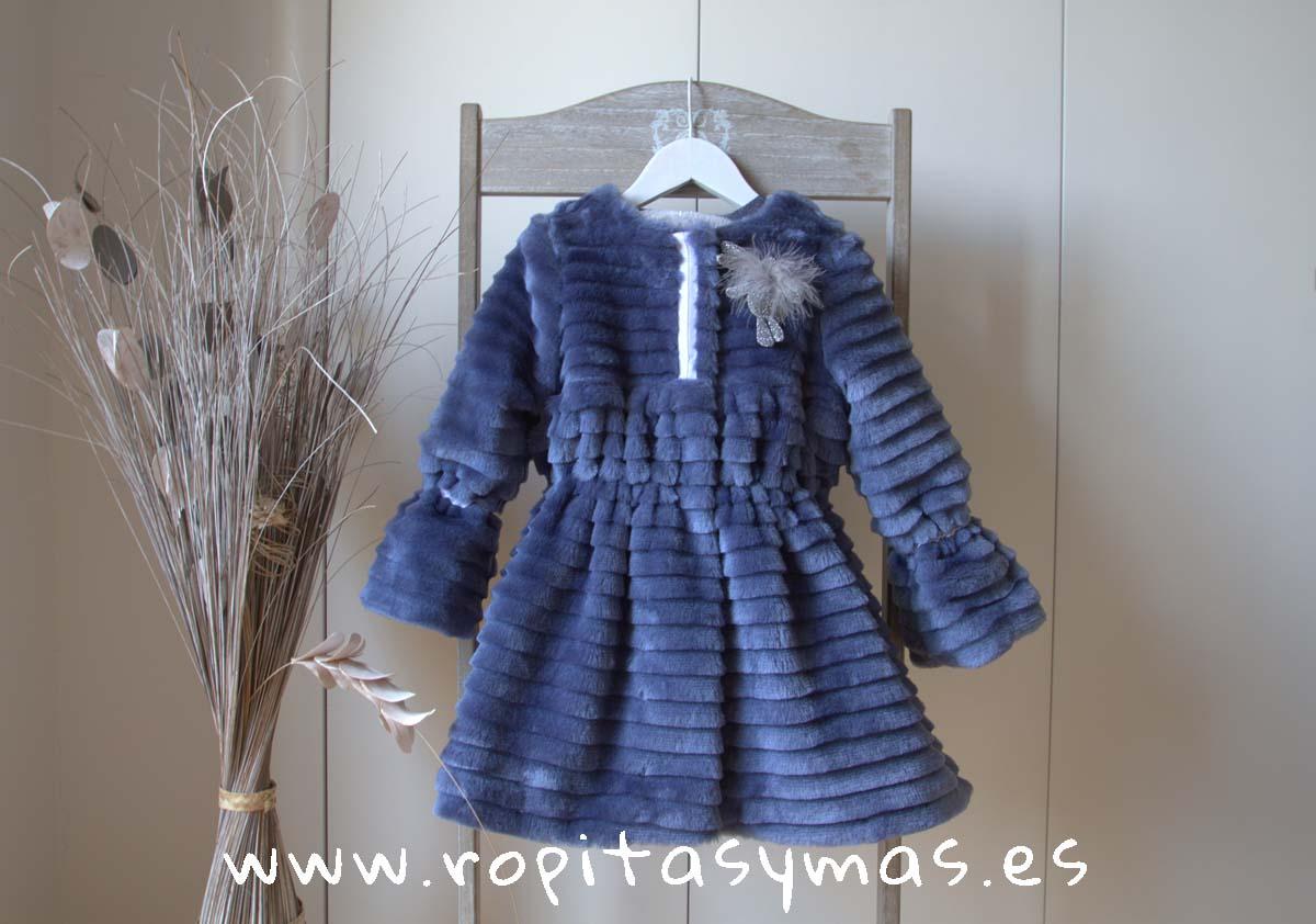 Abrigo pelo azul YOUNG&CHIC niña de KAULI. También disponible en color gris