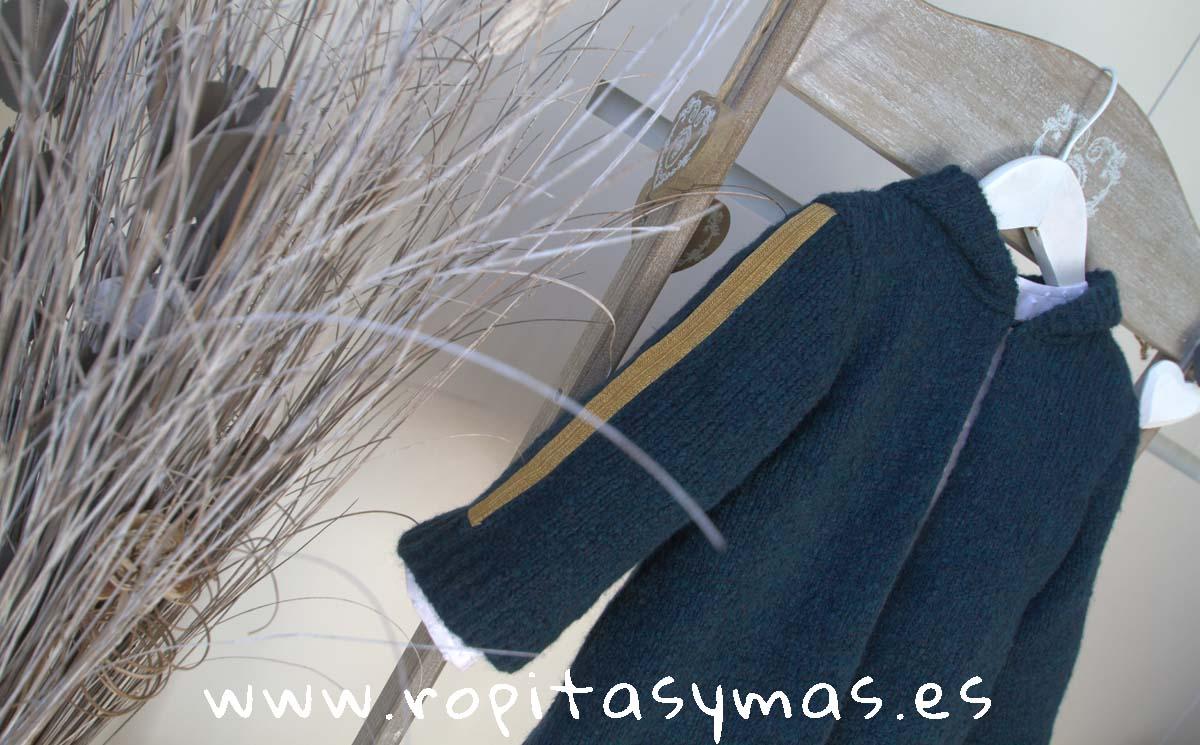 Chaqueta gris azulada con capucha de MIA Y LIA