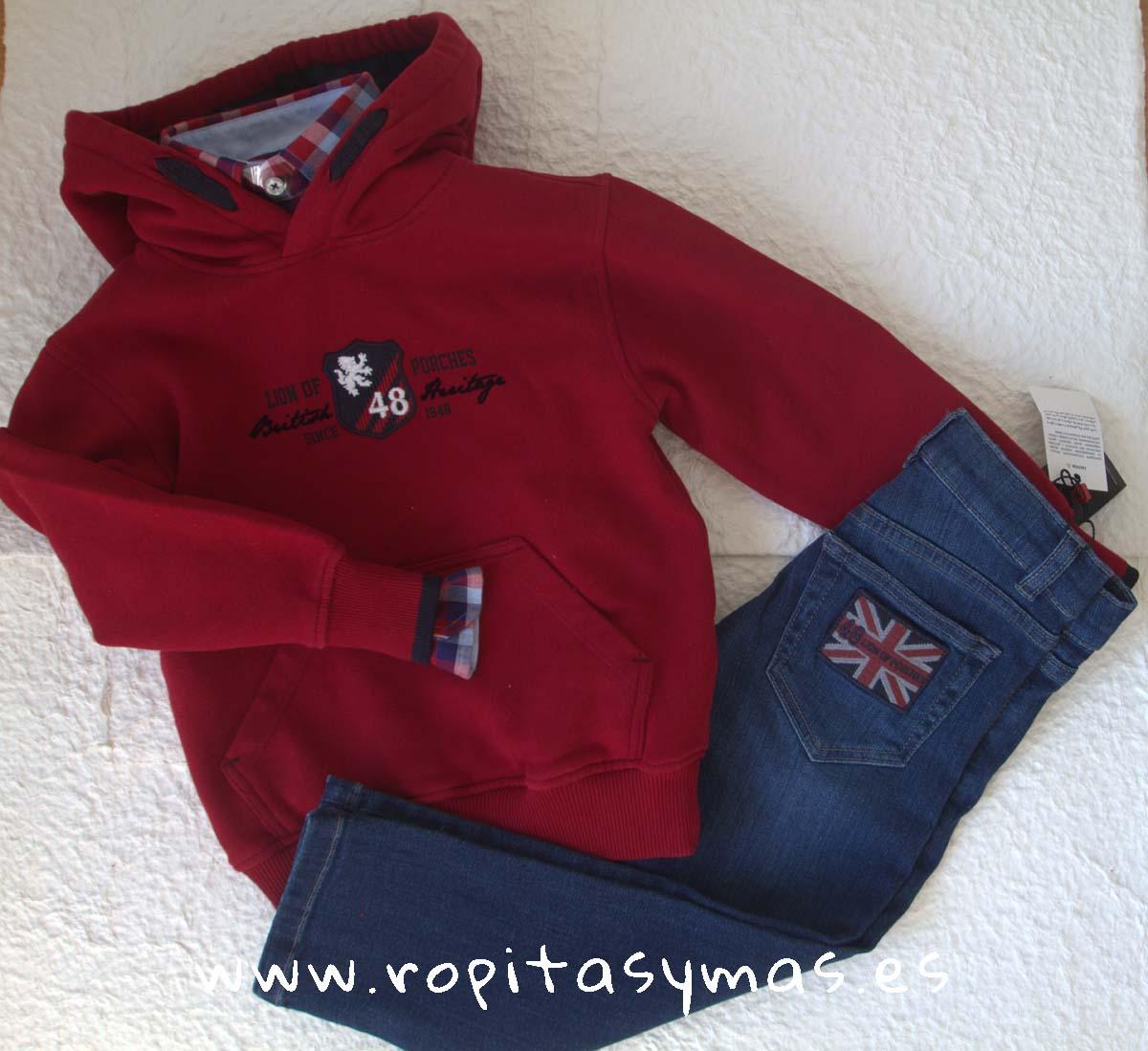 Sudadera rojo capucha, Camisa cuadros granates y azules y Pantalón vaquero azul de LION OF PORCHES