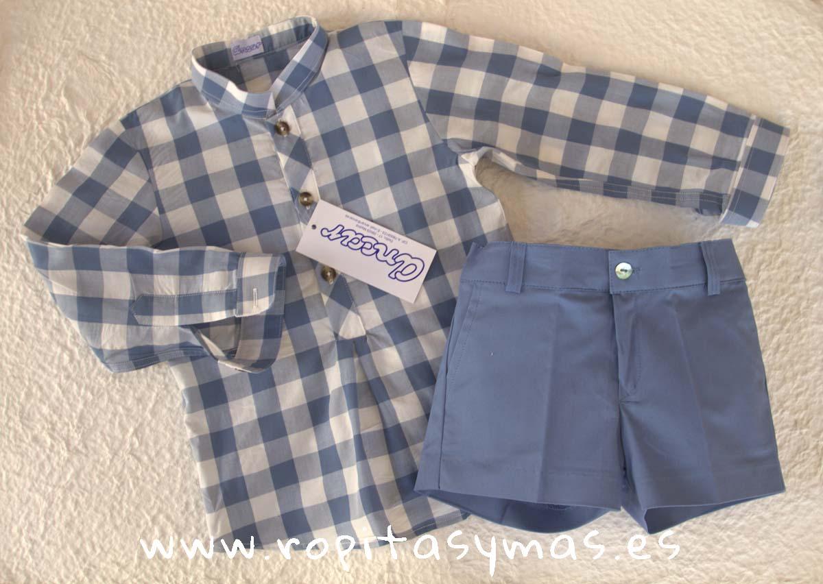 Camisa cuadros azulones y blancos y Pantalón muy corto azulón de ANCAR