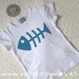 Camiseta blanca pez niña de MON PETIT BONBON, verano 2019