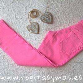 Pantalón PITILLO unisex rosa fluor de EVA CASTRO, verano 2019