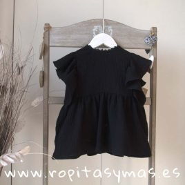 Blusa bambula negra de  MIA Y LIA, verano 2020