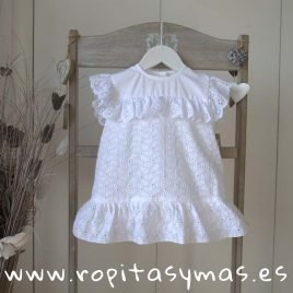 Blusa blanca bordada de MIA Y LIA, verano 2019
