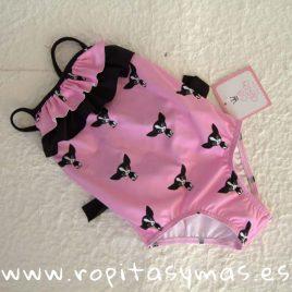 Bañador rosa y perritas negras PATUCA de EVA CASTRO, verano 2019