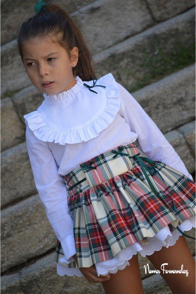 Conjunto falda tartán y blusa blanca JUNCO de NOMA