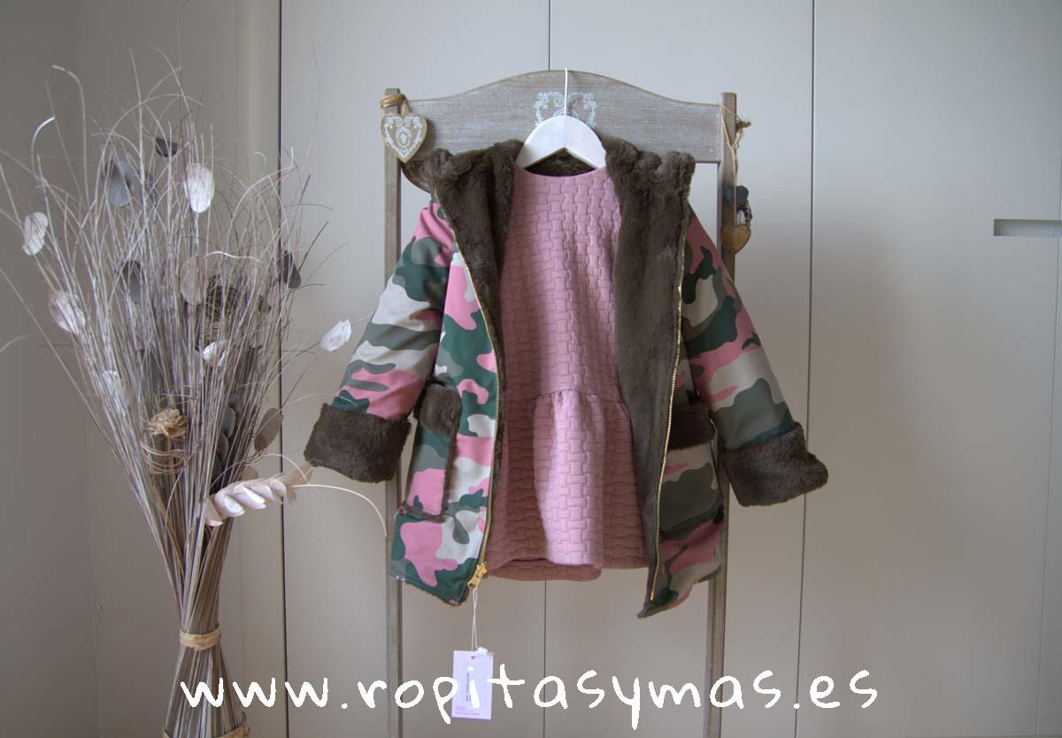Abrigo rosa camuflaje SAFARI de MAMI MARIA