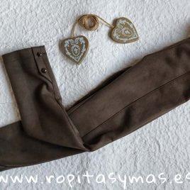 Pantalón kaki SAFARI de MAMI MARÍA, invierno 2019
