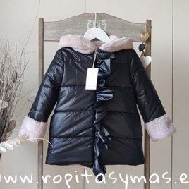 Abrigo negro NÓRDIC de MAMI MARIA, invierno 2019