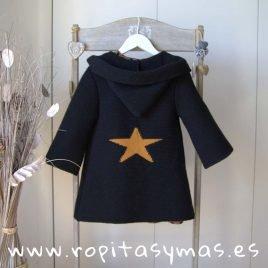 Chaqueta negra estrella mostaza con capucha de MIA Y LIA, invierno 2019