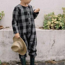 Mono cuadros grises y negros de MIA Y LIA, invierno 2019