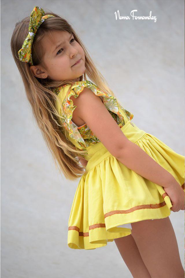 Conjunto falda amarilla y blusa floral CAMPIÑA de NOMA