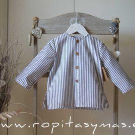 Camisa rayas grises de MIA Y LIA, verano 2020