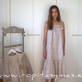 Vestido largo crudo liberty de MIA Y LIA, verano 2020