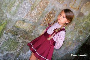 Conjunto falda y blusa GRANATE de NOMA