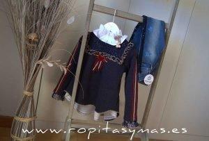 Sudadera azul TEXAS niña y Pantalón vaquero azul estrellas YOUNG & CHIC de KAULI