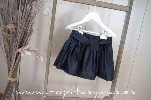 Falda-pantalón polipiel azul ECOBLUE de MAMI MARIA