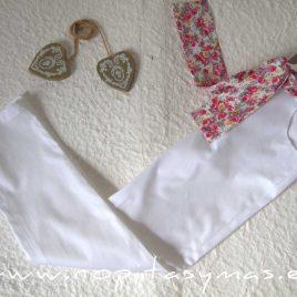 Pantalón pitillo blanco de NOMA, verano 2021
