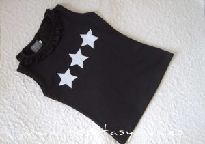 Camiseta negra ESTRELLAS MON PETIT BONBON